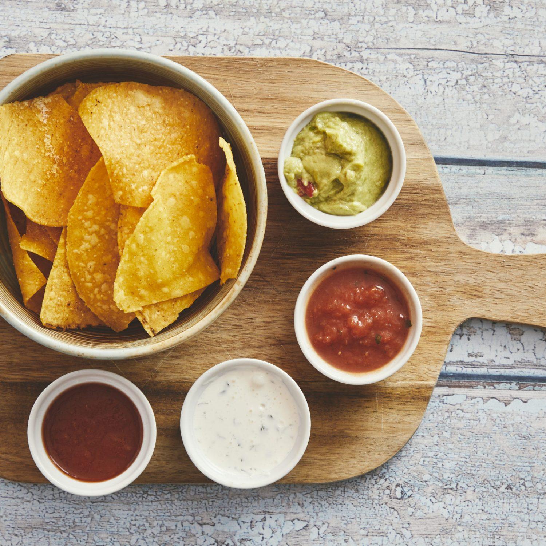 Chips 'n' dips 55,-