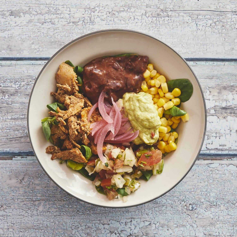 Salad bowl 60,- +grilled chicken 15,-